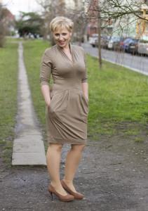 béžové šaty 2