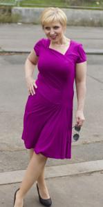 fialové šaty 2